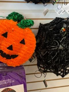 Dollar Store Halloween Decor Ideas Featured Image